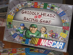 Nascar - Griddly Headz Racing Game - en Anglais