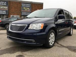 2015 Chrysler Town & Country Touring $139 BI-WEEKLY FULLY LOADED