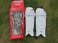 'Reduced To Clear' Slazenger Icon Cricket Batting Leg Pads