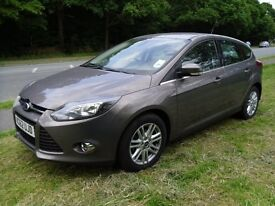 FORD FOCUS TITANIUM AUTOMATIC 2013..3000 miles very very low mileage..Like New