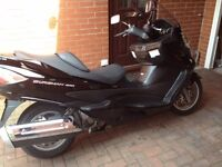 09 suzuki burgman 400 only 20k on the clock with fsh