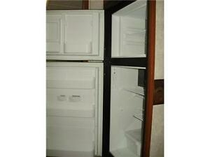 **$115 b/w (oac)** 4919 lbs, TRIPLE BUNKS, SLIDE, EXT KITCHEN! Edmonton Edmonton Area image 14