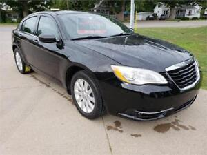 2011 Chrysler 200 Touring **1 YEAR WARRANTY**
