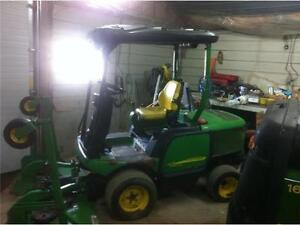 2005 John Deere 1445 4X4  Lawn Mower Going To No Reserve Auction