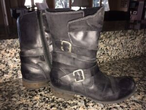 Womens' GORGEOUS Leather Boots - Just $45/pair!!! Size 7/7.5
