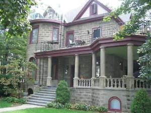 Two Bedroom Unit in Four Unit Historical House in Leamington