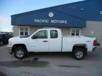 2011 Chevrolet Silverado 2500HD EXT CAB 6'6FT BOX