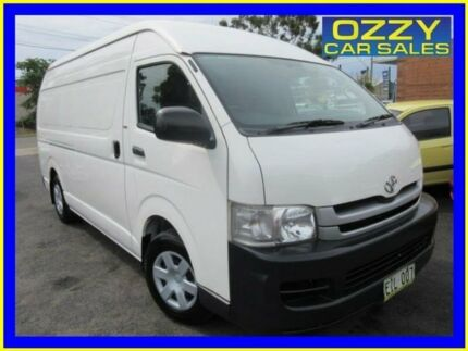 2010 Toyota Hiace KDH221R MY11 Upgrade SLWB White 5 Speed Manual Van Minto Campbelltown Area Preview