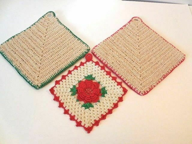 Christmas Pot Holders - Thread Crocheted Pot Holders* -- Neat! - SALE!
