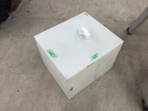 water tank for camper  10 gallon