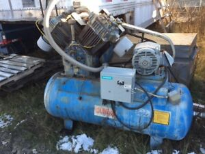 Quincy 5120  Reciprocating Piston Air Compressor 100cfm 200PSI