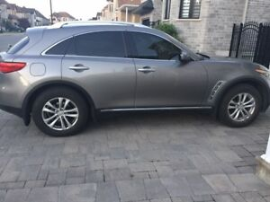 2011 Infiniti FX35 for sale-Excellent condition!