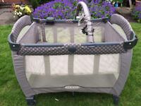 Graco Contour Electra Travel Cot/Playpen with Bassinet, Light and Music