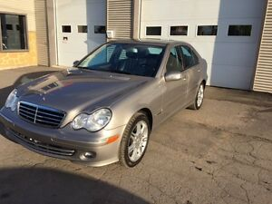 2007 Mercedes-Benz C280 avantgarde faite vite qui la chance