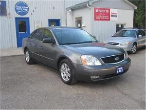 2005 Ford Five Hundred SEL|NO ACCIDENTS|SUNROOF|MUST SEE Kitchener / Waterloo Kitchener Area image 1