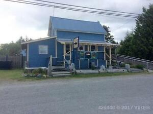 Commercial property in strategic location in Sointula