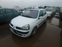2005 Renault Clio 1.2 Breaking White Engine Bumpers Alloys Glass Seat Windscreen
