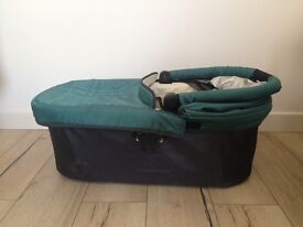 Uppababy carrycot basinet for Vista 2014