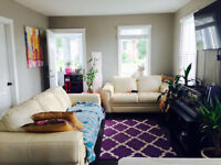 All-Inclusive! 5 minute walk from Downtown. Avail Nov 1 or Dec 1