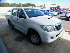 2013 Toyota Hilux KUN26R MY12 SR (4x4) White 5 Speed Manual Dual Cab Pick-up Devonport Devonport Area Preview