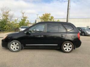 2007 Kia Rondo EX CLEAN TITLE WITH LOW KM sold as is