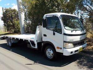 2006 Hino Dutro 5500 White Cab Chassis 4.6l North St Marys Penrith Area Preview