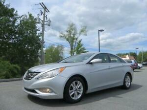 $89 BI WEEKLY! 2012 Sonata GLS ALL FOUR HEATED SEATS, USB, AUX