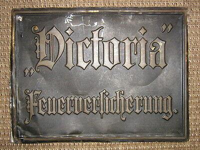 VICTORIA FEUERVERSICHERUNG URALTES BLECHSCHILD um 1900