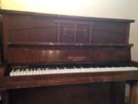 FREE PIANO - In Southall. Just come get it! Works fine, just needs a tuning.