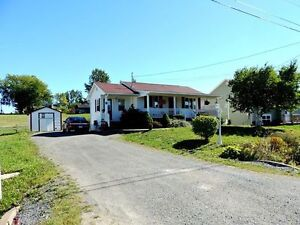 BEAUTIFUL BUNGALOW ONLY 18 YEARS OLD FOR $127,500