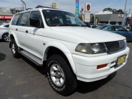 1998 Mitsubishi Challenger PA (4x4) White 5 Speed Manual 4x4 Wagon Rockdale Rockdale Area Preview