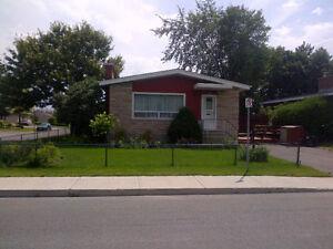 Large 5 BDR near St-Laurent - $2,400/month