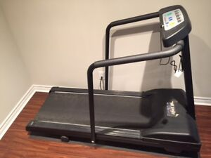 TREADMILL IN GOOD CONDITION MUST SELL