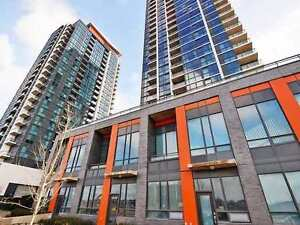 3br, 3 Bath - 2 Story Condo Unit In Heart of Mississauga