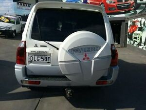 2005 Mitsubishi Pajero NP MY05 GLS Platinum White 5 Speed Auto Sports Mode Wagon Greenacre Bankstown Area Preview