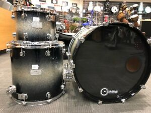 SPECTACULAR MAPEX SATRUN SERIES 3pc SHELL PACK IN GALAXY FADE!!!