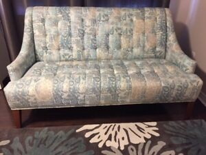 3 Seater Sofa - Like NEW‼️ (purchased from HomeSense)