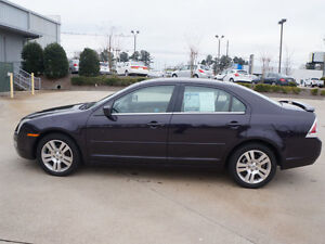 2007 Ford Fusion sel Sedan near mint cond. a must see