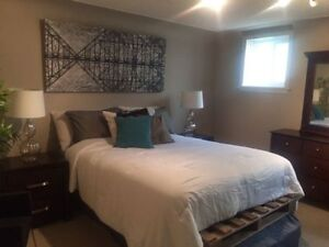 AVL NOW.....LARGE ROOM in GLENORA mins from Downtown
