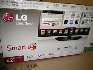 "Like new 42 "" 1080 p 120 Hz LED Smart TV"