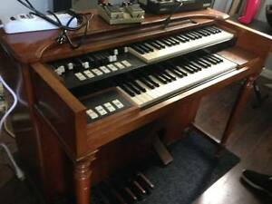 Professional Keyboard, Organ Sales & Repairs