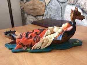 Figurine princesse médiéval sur bateau dragon Saint-Hyacinthe Québec image 2