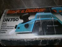 Black and Decker DN750 electric planer with dustbag