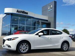 2017 Mazda MAZDA3 GS, Auto, BSM, Heated Seats