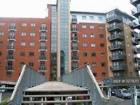 2 bedroom flat in City Walk, Leeds, LS11 (2 bed)