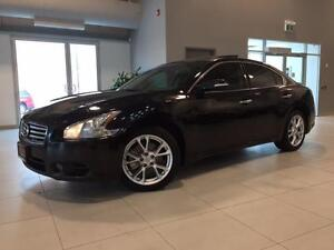 2012 Nissan Maxima 3.5 SV **PANO ROOF-CAMERA-LEATHER**