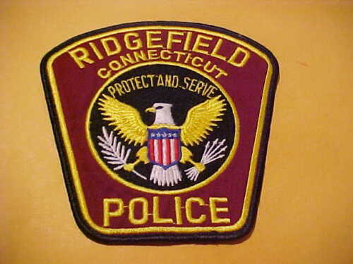 RIDGEFIELD CONNECTICUT POLICE PATCH SHOULDER SIZE USED