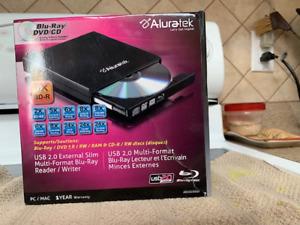 Aluratek Blu-Ray/Dvd/Cd reader/writer