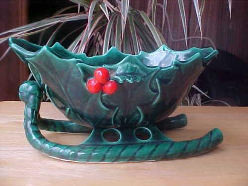 "Vintage Lefton Green Ceramic Dish Holly & Berries Christmas Sleigh 1346 Japan 8"""