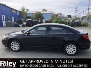 2013 Chrysler 200 LX STARTING AT $99.41 BI-WEEKLY